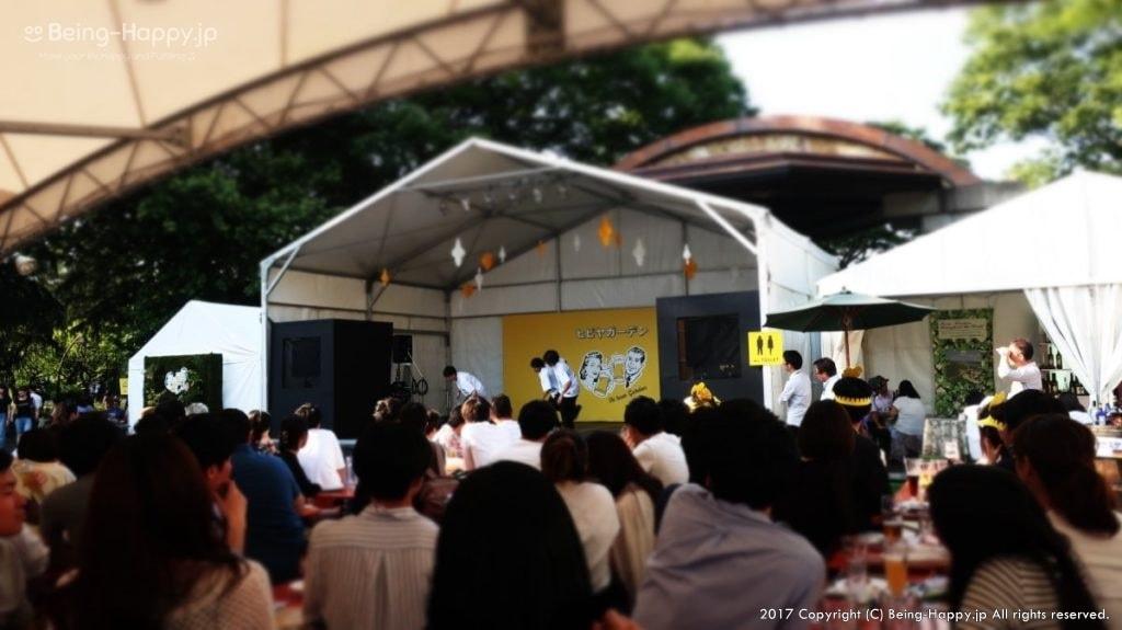 ヒビヤガーデン(日比谷公園)ー屋外ステージの様子