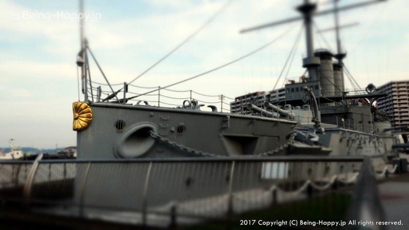 1904年に始まった日露戦争で大活躍した 戦艦「三笠」を前から撮ったもの