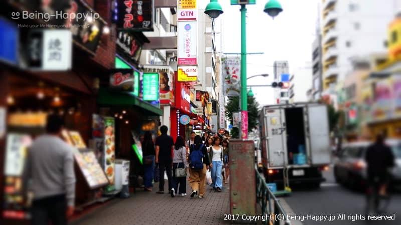 新大久保コリアンタウン photo by 茶子(ちゃこ)