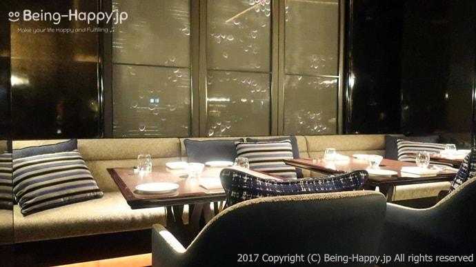 Tokyo Fusion Diningのソファー席