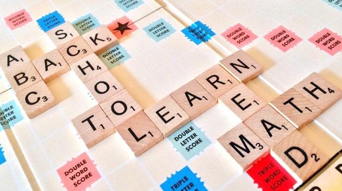 英単語は、いくつかの意味を持ったかたまりの集合