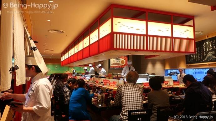 金沢まいもん寿司の店内