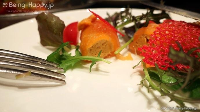 俺のフレンチ - ウニのムースを包んだサーモンマリネ