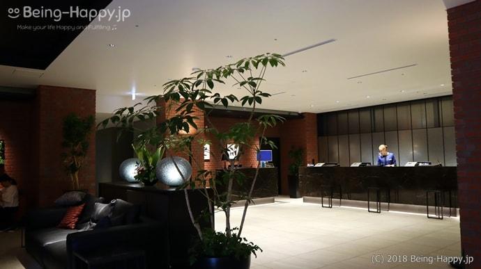 リッチモンドホテル横浜駅前のチェックインカウンター