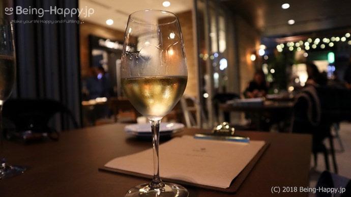 bar a vin CROISEE / バール ア ヴァン クロワゼでの白ワイン