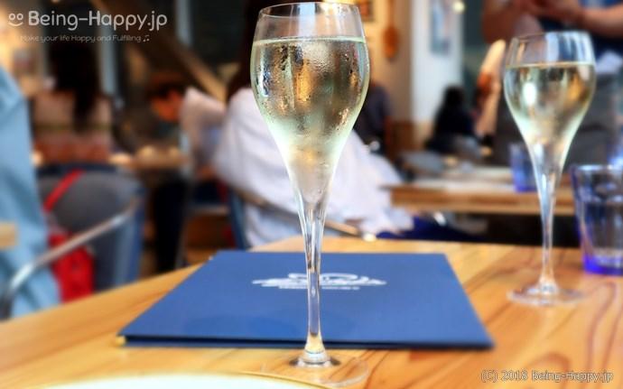チリンギート エスクリバ( XIRINGUITO Escriba)で最初のスパークリングワイン
