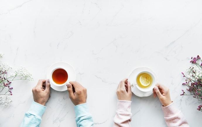 お茶の間のようにリラックスした雰囲気で英会話が学べる