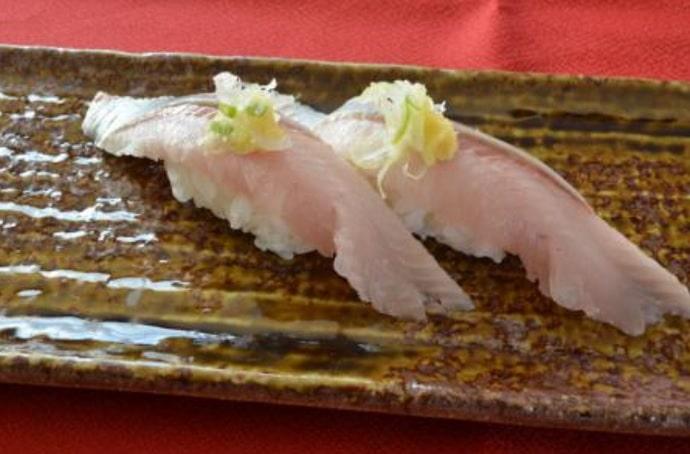 回転寿司 根室花まるのとろにしん
