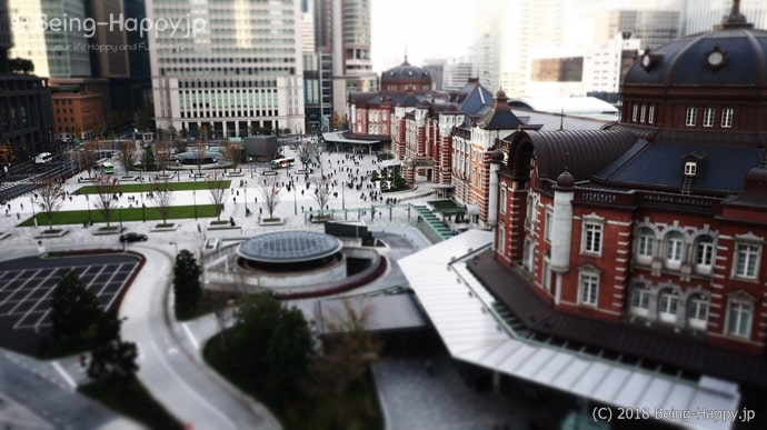 KITTE丸の内から見た東京駅