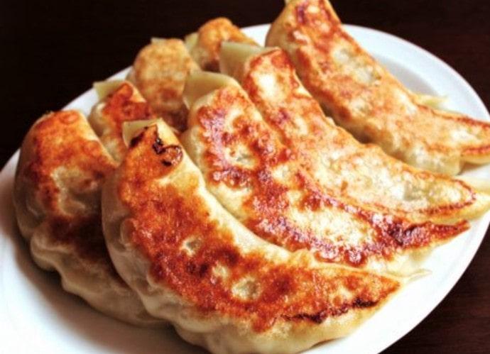 CHINESE 青菜(チンツァイ)の餃子