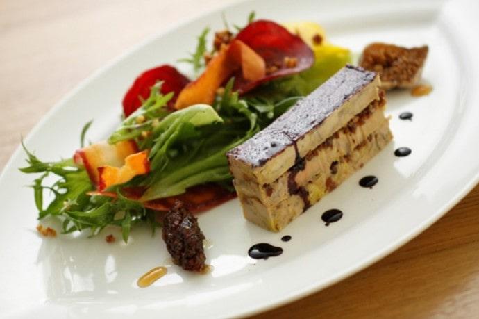 mikuni MARUNOUCHI の料理