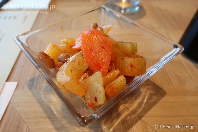セロリと湯葉のピーナッツサラダ