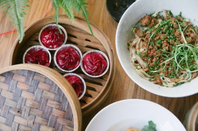 Dumpling Timeの小籠包とジャージャー麺