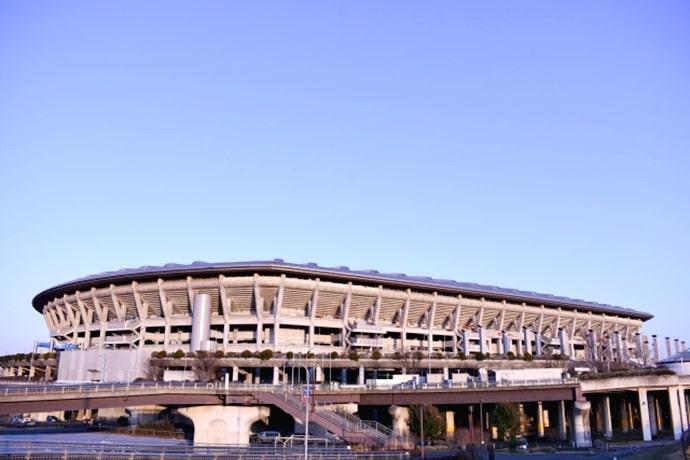 横浜国際総合競技場(日産スタジアム)の外観
