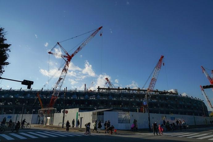 オリンピックスタジアム(新国立競技場)の建設中の様子