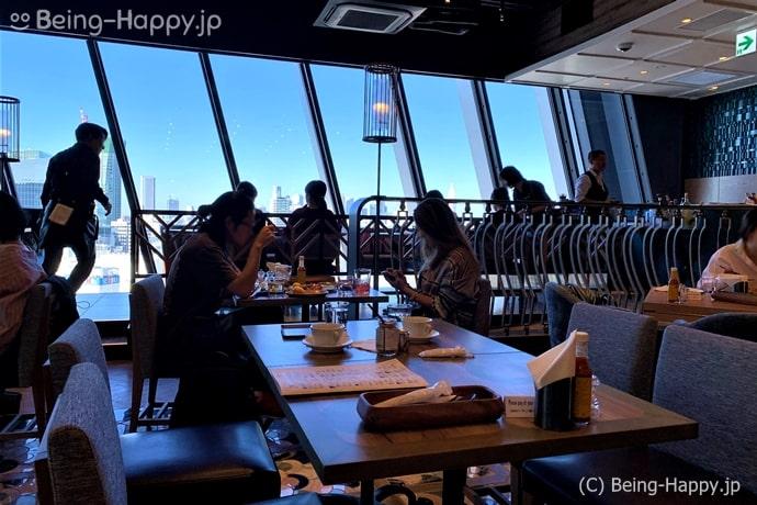 窓が大きな店内,渋谷スクランブルスクエア,ラ コキーナ セルべセリア